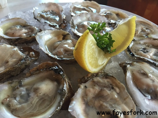 LUNA OYSTERS