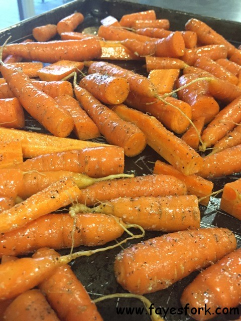 ROASTED HONEY CARROTS